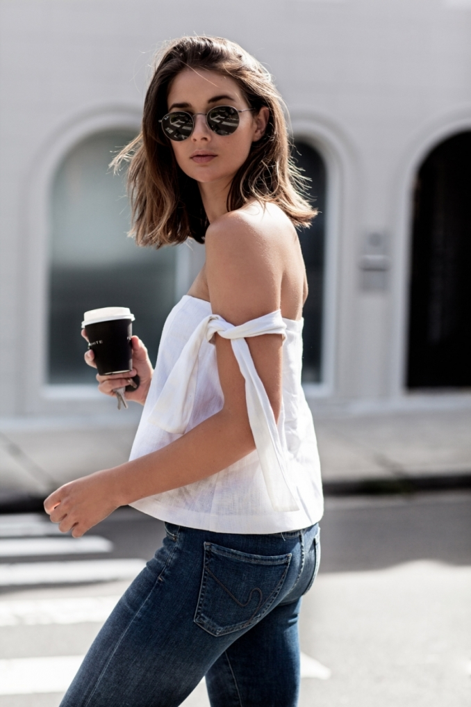 Harper-and-Harley_White-off-the-shoulder-top_tie-up-sleeve_linen_sir-the-label_weekend-outfit_5-mnjp3k6b4bu6j8ixew08zbzndtqg7ys9l1zpql8ce4